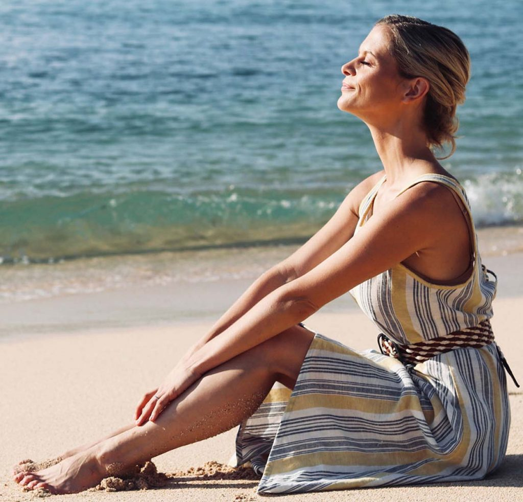 joanna hunt private coaching on the beach gazing at the sun square image