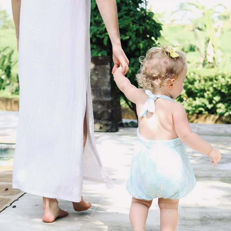 joanna hunt holding daughter hand